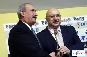 Валери Стефанов получава  награда за високи постижения от министъра на спорта Красен Калев